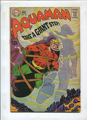 AQUAMAN #43 (4.0) A GIANT STEP!  tied up COVER