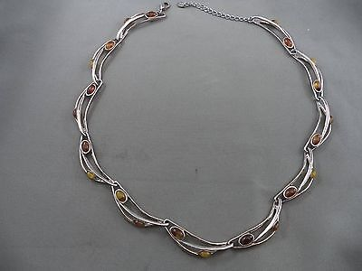 """Vintage Necklace Silvertone Amber Colored Accents Geometric 20"""""""