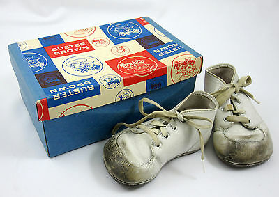 Buster Brown Baby Shoes and Original Box Vintage Used White Leather Tige