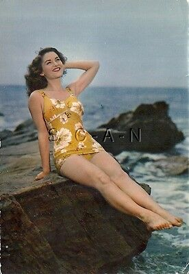 Original 1950s-60s French Risque Pinup PC- Woman in Flowered Swimsuit- Legs