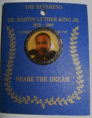 Rare Martin Luther King Jr Commemorative Portrait Pin Original Pinback Packaging