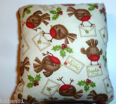 Pin Cushion Christmas Robin & Holly Red Velvet Reverse in Gift Bag New Made UK