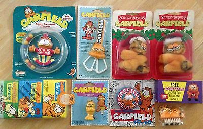 Vintage Lot Of 9 New Garfield Cat Yo Yo Scissors Rattle Eraser Tissue Clip Ons