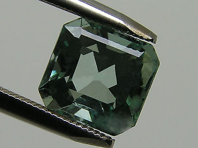 2.25Ct ULTRA FINE CLEAN! NATURAL COLOMBIAN EMERALD! 7.88x7.51x5.85mm/2019/FR