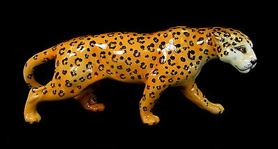 Beswick - Leopard - 1082 - Made in England.