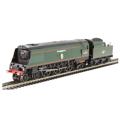 Hornby OO Gauge Sir Winston Churchill's Funeral Train Train Pack