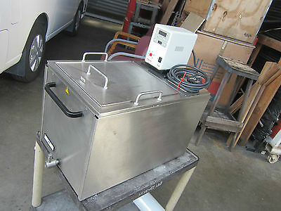 Thermo Scientific DL 30 Heated Water Bath