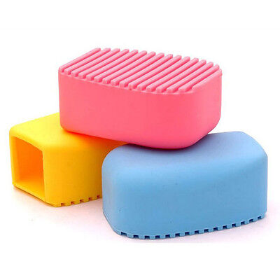 Ultra Popular Candy Colors Mini Handheld Silicone Washboard,Random Color