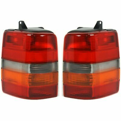 windsor 2002 2003 2004 right passenger tail lamp taillight windsor 2002 2003 2004 pair tail lamps light taillights rear rv
