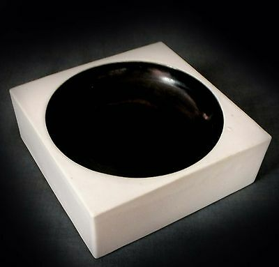 RARE TROIKA SQUARE MONOCHROME SMOOTH-WARE DISH by SIMON KILBURN