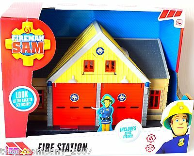 Fireman Sam Fire Station Playset With Elvis Figure New
