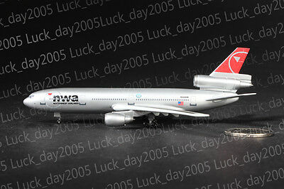 Dragon Wind US NORTHWEST NWA Airlines McDonnell Douglas DC-10-30 N226NW 1/400