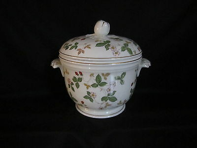 Wedgwood - WILD STRAWBERRY - Ice Bucket