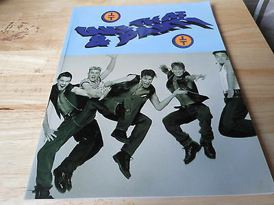 TAKE THAT  paperback book TAKE THAT & PARTY MUSIC BOOK PLAY YOUR FAVOURITE SONGS