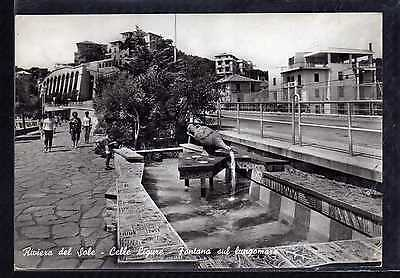 Cartolina Riviera del Sole Celle Ligure Fontana sul Lungomare ANIMATA GB293
