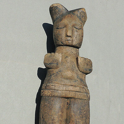 an old antique carved wood doll pupee figure nigeria