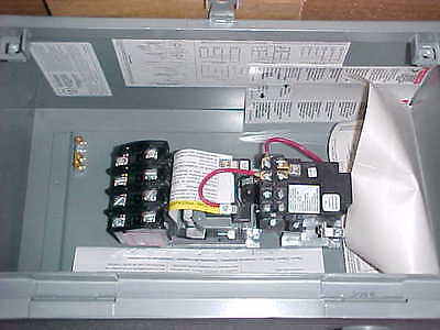 Square D 8903Lxa40V02 Lighting Contactor          Ds-32