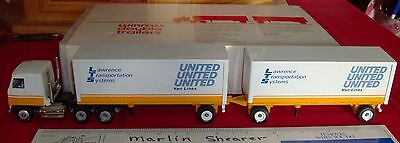 United Van Lines Lawrence Transportation Systems Doubles Winross Truck