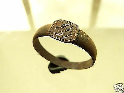 Post-medieval bronze ring. (166)