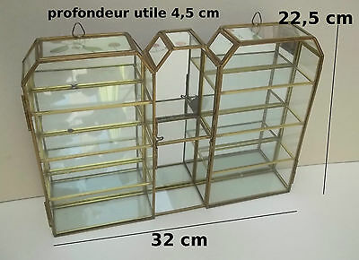 vitrine en laiton et verre pour collection miniatures fond miroir flacons parfum eur 45 00. Black Bedroom Furniture Sets. Home Design Ideas
