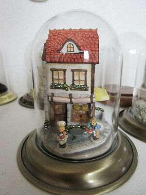 """Olszewski """"BAKERY DAY"""" #037726 Complete w/Building, Figures and Dome Display KH"""