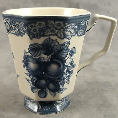 BLUE & CREAM TRANSFERWARE VICTORIAN FRUIT AND FLORAL TOILE MUG ~10 Ounce~