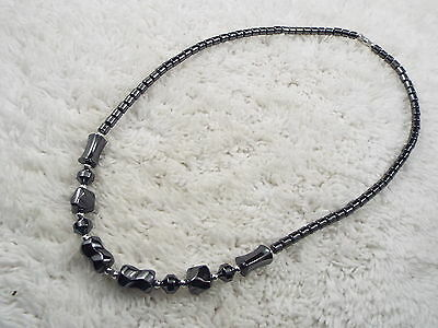 Hemetite Stone Bead Necklace (D56)