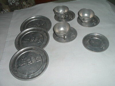 VINTAGE 1940's TOY TIN DISHES 3 LITTLE KITTEN 3 Cups 4 Saucers 3 Plates RARE