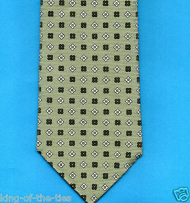 FREE P&P* 100% Silk - Pale Green with White Shapes Men's Tie     #3533