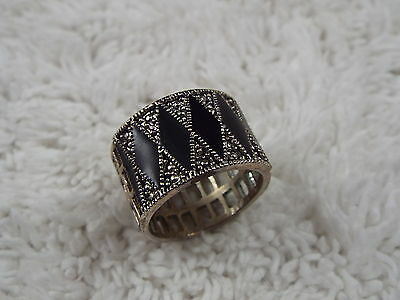 Silvertone Black Faux Marcasite Band Ring -Size 9.5 (C41)