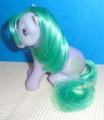 Vintage My Little Pony SEASHELL ... sitting pose from 1983-1984