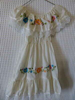 vintage Girls peasant style Summer dress w/embroidiery 30 breast as is