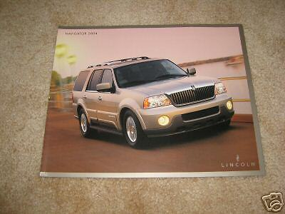 2004 Lincoln Navigator sales brochure dealer literature