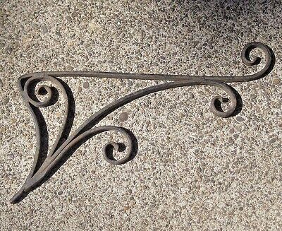 Vintage Wrought Iron Metal Wall Mount Flower Planter Pot Plant Hanging Bracket