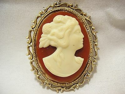 Vintage *j.j.* Brown & White Plastic Cameo Brooch/pin!