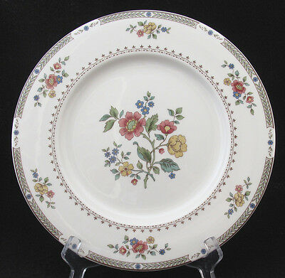 Royal Doulton Kingswood Dinner Plate Red Blue Yellow Flowers Green Laurel