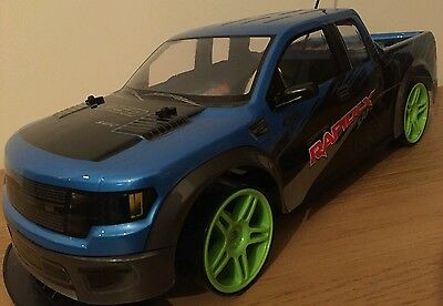 XL MONSTER TRUCK RECHARGEABLE Radio Remote Control Car 4WD POWERFUL DRIFT - 1:10