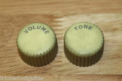 Tog Relic Aged Vintage Cupcake Style Guitar Knobs Cream Set Of 2 Volume And Tone