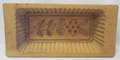 Old Antique Wooden Large Berry & Leaf Wavy Edge CAKE or BUTTER MOLD