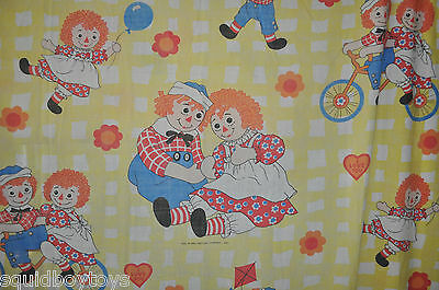 - RAGGEDY ANN & ANDY Fitted and Flat BED SHEETS 1970s -