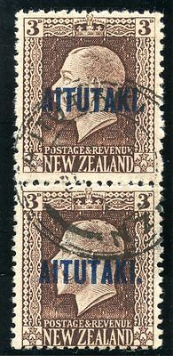 Cook Islands Aitutaki 1917 KGV 3d chocolate vertical pair VF used. SG 16b.