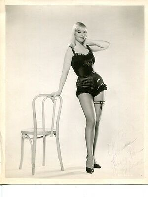 FLAME sexy vintage Publicity Press Photo w/ AUTOGRAPH May Britt look-a-like