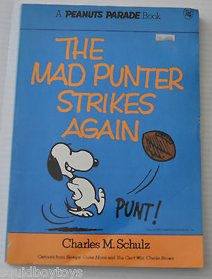 PEANUTS PARADE #7 Comic Strip BOOK  Charles Schulz (Charlie Brown/Snoopy) 1976