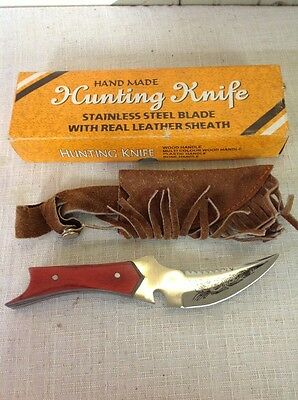 New In Box!! Hand Made Stainless Steel Blade W/ Leather Sheath Knife