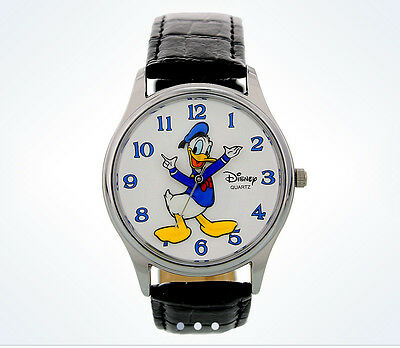Disney Parks Donald Duck  Moving Arms Character Watch Wristwatch NEW