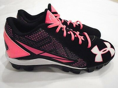 Under Armour Girls' New Leadoff Low Jr. Rm Softball Cleats