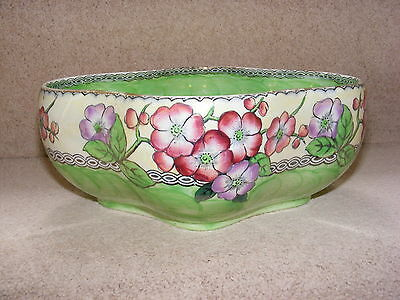 Lovely Vintage Maling Pottery Lustre Bowl Green Thumb Peony Flowers Newcastle