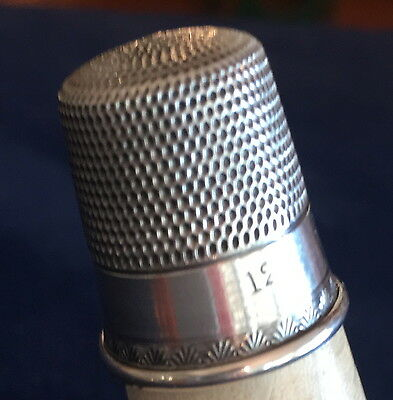 Antique  Sterling Siilver Thimble with a Palmette Band Size 12