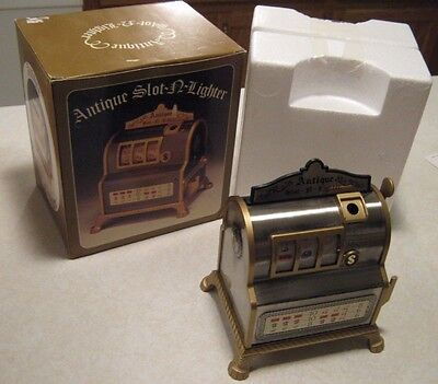 Vintage Japan Slot Machine Lighter Table Top Cigarette Lighter & Working Slot