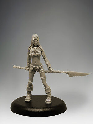 POST APOC GIRL 35mm Scale RESIN Black Sun Miniatures